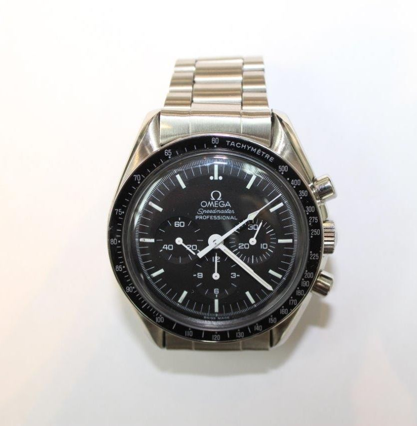 Omega Speedmaster 1969 manual wound near mint 41 mm