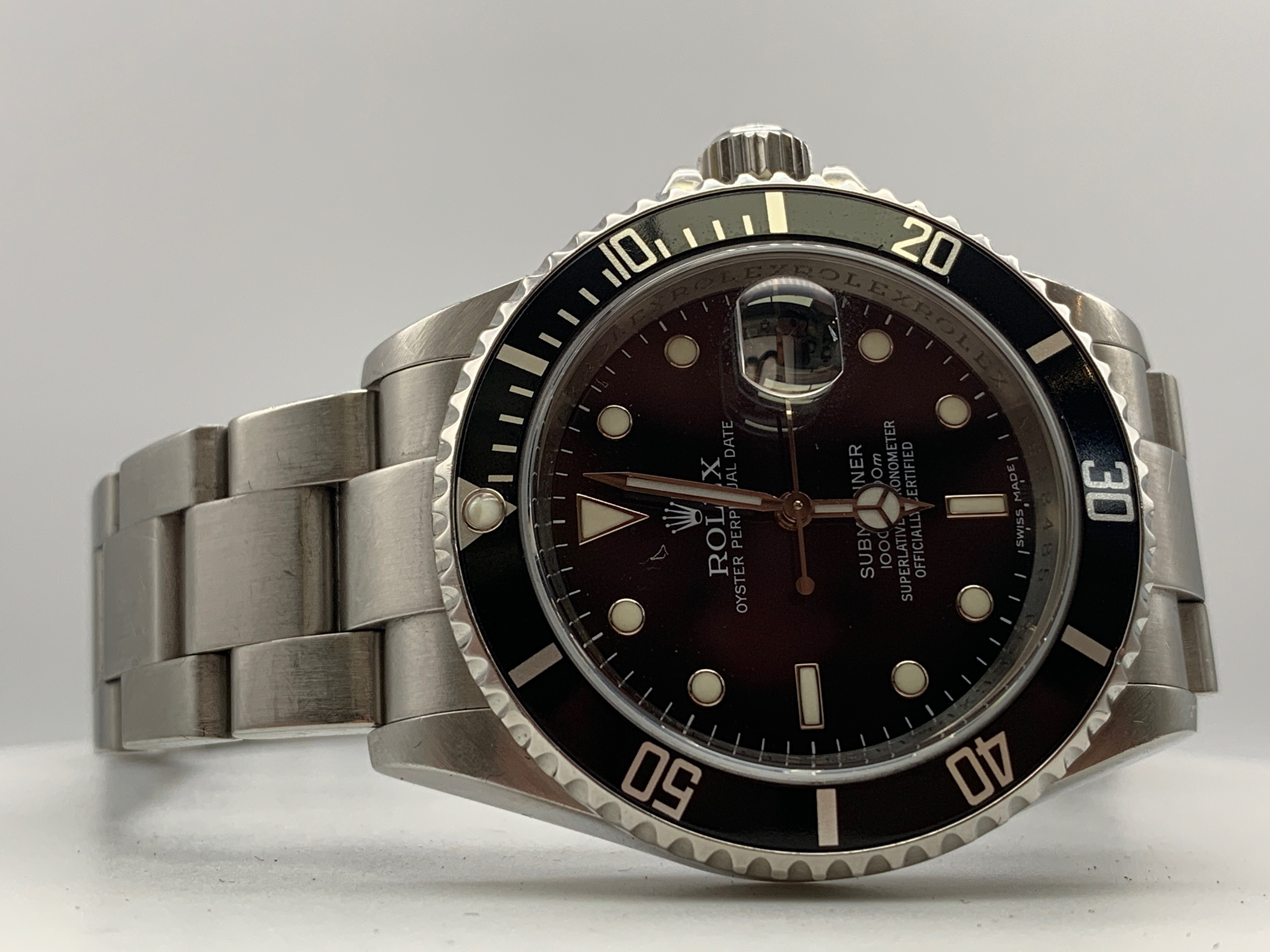 Rolex Submariner (Sub) in stainless steel.