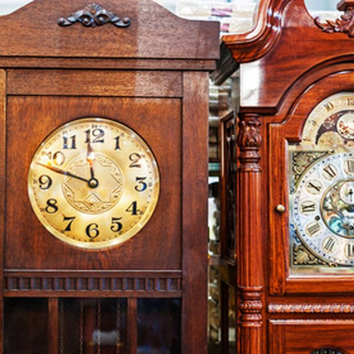 Colonial Grandfather Clocks are the Best Addition For a Vintage Interior