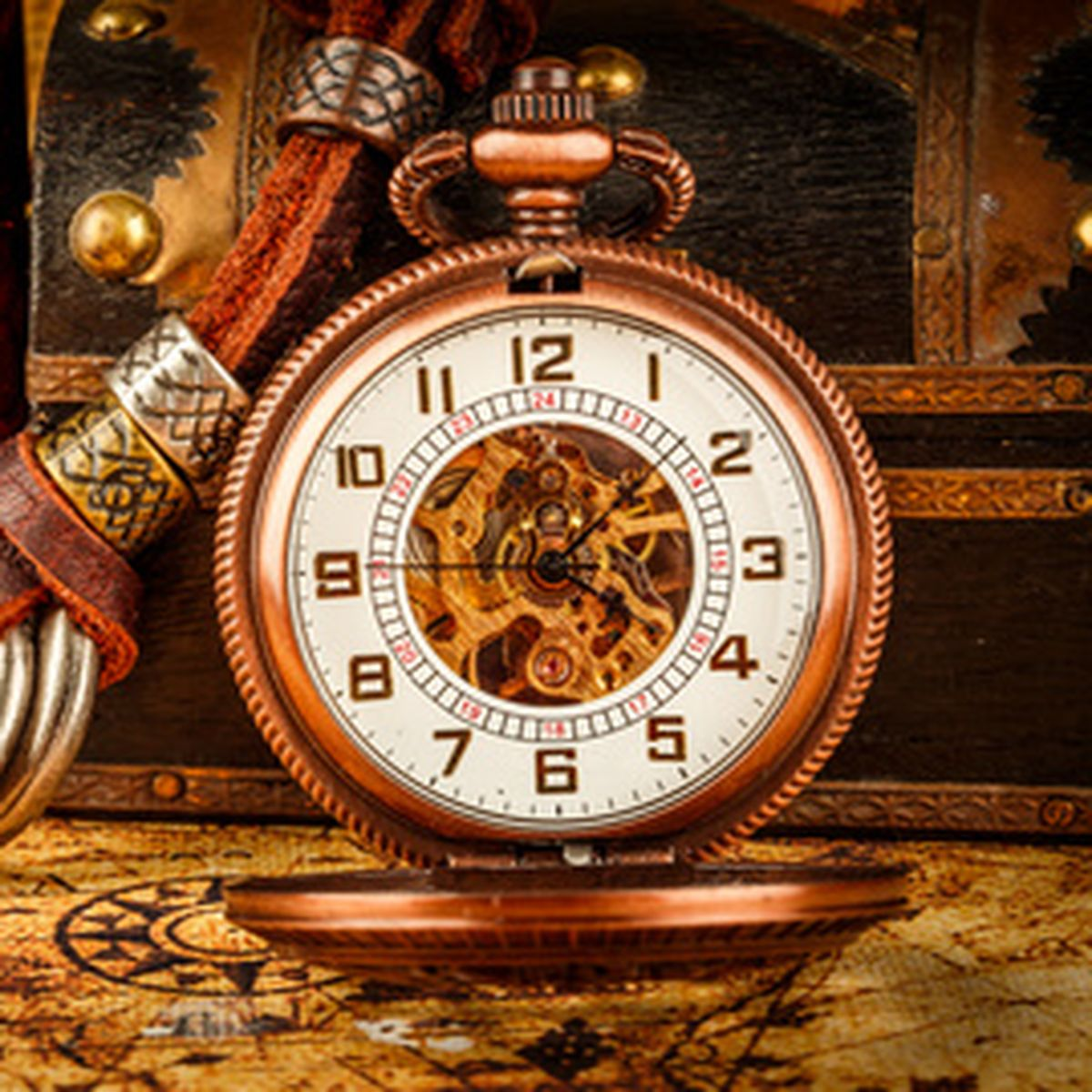 The Beauty of Modern Times and Antique Clocks