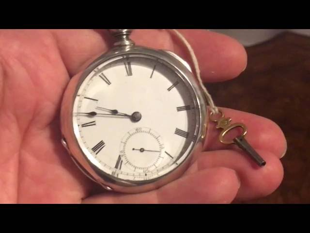 **KEY WOUND** Vintage Waltham Pocket Watch in Like-New Condition
