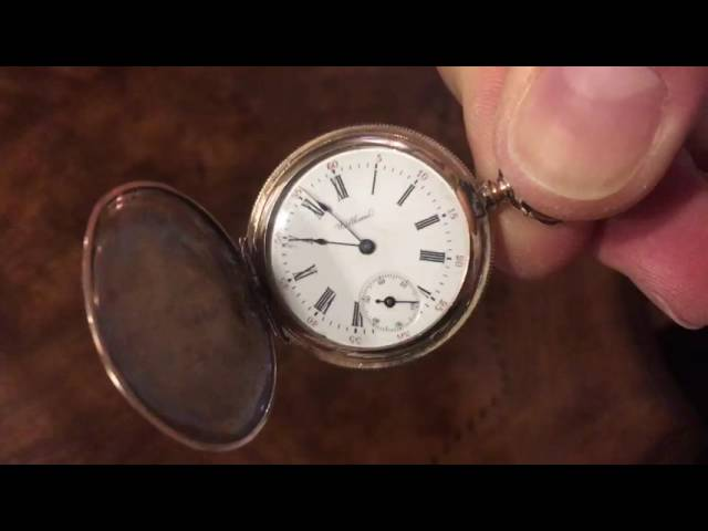 Vintage Waltham Pocket Watch Hunter Case 100 years old!